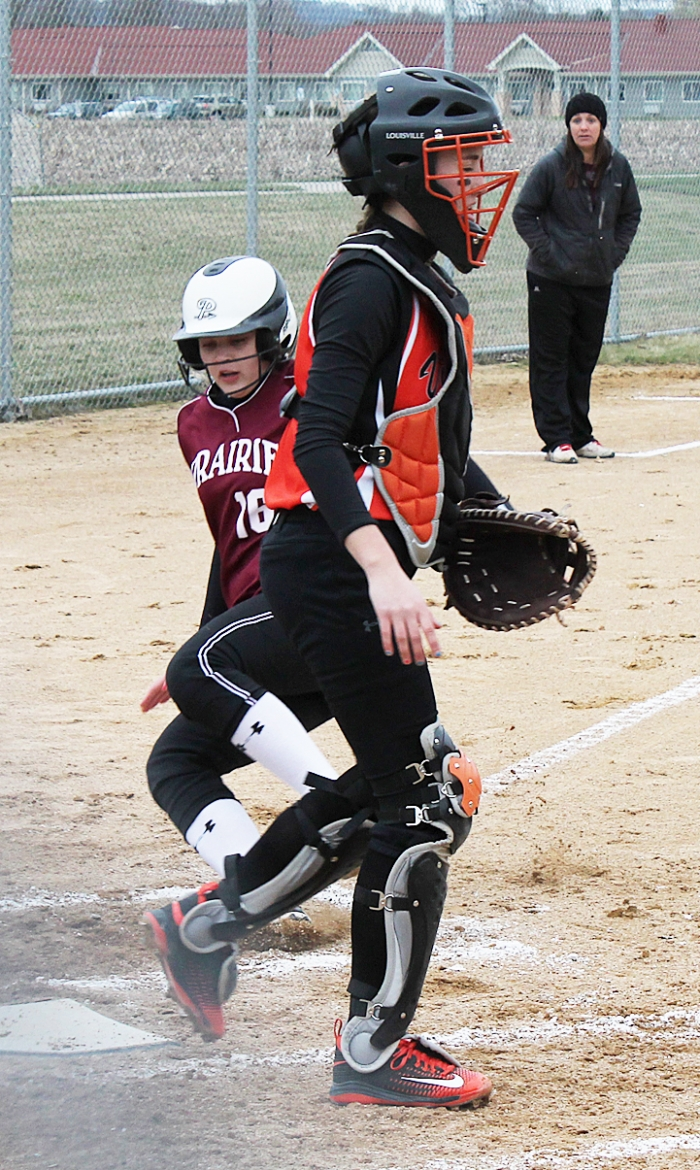 prairie du chien girls Wisconsin heights/barneveld 3 apr.